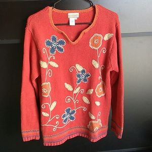 Medium Sweater Floral Embroidery